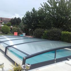 Abri de piscine téléscopique